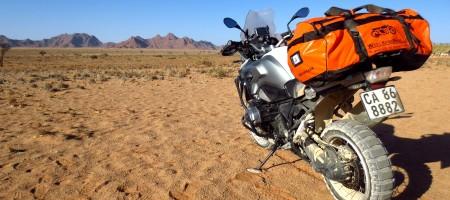 desert_namibie_moto