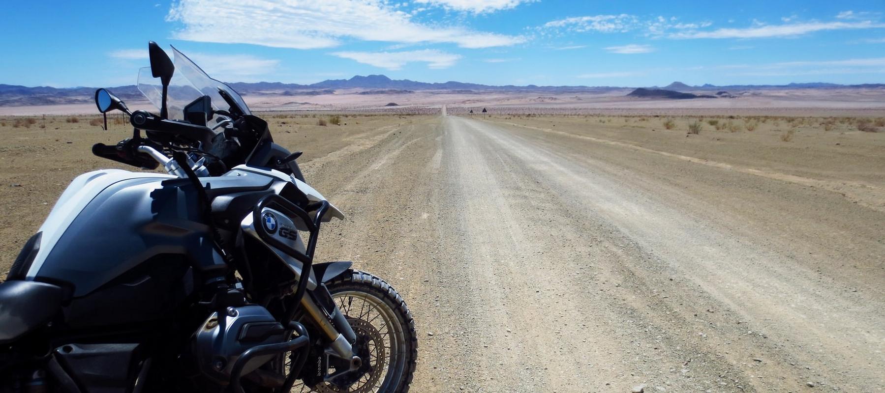 voyage en namibie a moto en bmw gs west euro bikes. Black Bedroom Furniture Sets. Home Design Ideas