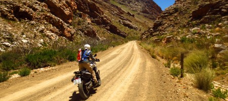 moto canyon seweweekspoort pass