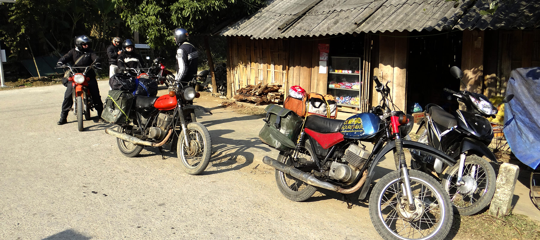 voyage en asie moto avec west euro bikes. Black Bedroom Furniture Sets. Home Design Ideas